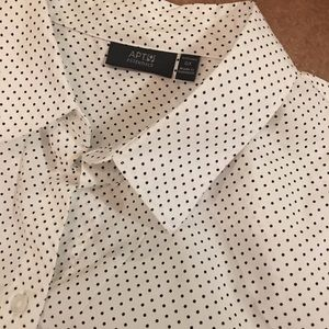 0X Button Down White with Black Polka Dots